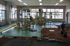 西崎総合体育館の画像